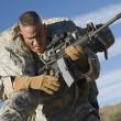 nás voják armády přepravující zraněné kolegy — Stock fotografie