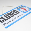 Sign reading Closed and Will Return — Stock Photo
