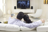 Couple Watching TV — Fotografia Stock