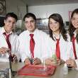 High School Students In Science Laboratory — ストック写真