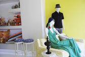 Manichini in negozio di abbigliamento — Foto Stock