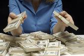 Mittelteil einer frau dollar — Stockfoto