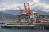 Cranes On Pier Of Vancouver Harbour British Columbia — Stock Photo