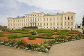 Nádhernej dům v lotyšsku — Stock fotografie