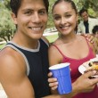 Couple at outdoor picnic — Stock Photo