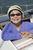 Woman wearing sunglasses — Stock Photo