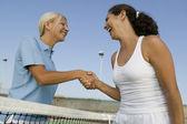 Tennis Players shaking hand — Stock Photo