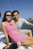 Couple sailing — ストック写真