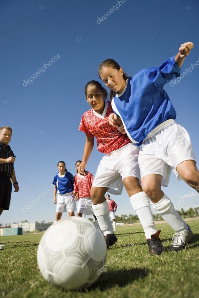 photo of girls футбол № 29432