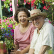 Senior Couple Shopping for Plants — 图库照片
