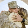 Soldier embracing his woman — Stock Photo