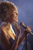 Cantora de jazz — Fotografia Stock