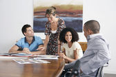 Businesspeople in Meeting — Stockfoto