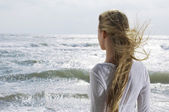 Woman Looking at Ocean — Stock Photo