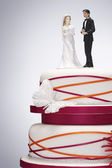 Wedding Cake with Bride and Groom Figurines — Stock Photo