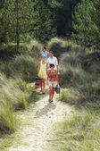 Two couples on Trail to Beach — Stock Photo