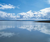Clouds Reflecting on Water — Stock Photo