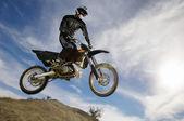 Motocross Racer Mid-Air — Stock Photo