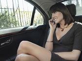 Woman  using mobile phone — Stock Photo