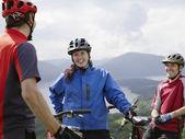 Mountainbikers Having a Break — Stock Photo