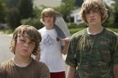 Brothers standing on street — Stock Photo