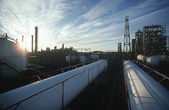 Petrochemical oil refinery — Stockfoto