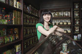 Salesperson in Tea Shop — Stock Photo