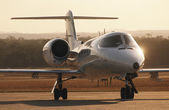 Lear jet on tarmac — Stock Photo