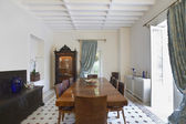 Dining room of colonial style house — Stock Photo