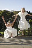Two girl bridesmaidsy — Foto Stock