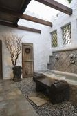 Palm Springs hacienda water feature — Stock Photo