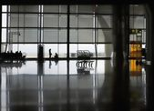 Polished floor of airport terminal — Foto de Stock