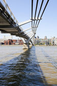 Millennium Bridge — Stock Photo