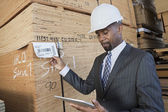 African American male contractor — Stock Photo