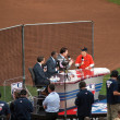 MLB Network crew interviews Rob Schneider on the field before th — Lizenzfreies Foto