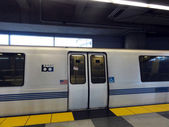 BART Train Parked at SFO Station — Stock Photo
