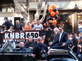 KNBR Crew on Open Car before start of Parade — Stock Photo