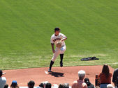 Giants Pitch Matt Cain steps forward to throw pitch on the mound — Stockfoto