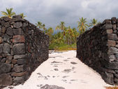 Rock Walls of Pu'uhonua o Honaunau - Place of Refuge — Stock Photo