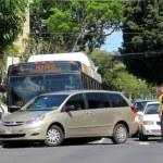 Honolulu City Bus has accident with Mini Van  — Stock Photo #51034717