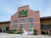 Whole Food Market exterior and sign on a clear day — Stock Photo