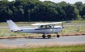Light aircraft on runway — Stock Photo