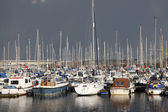 Yachts in a marina — Stockfoto