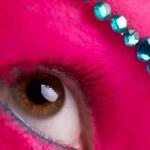 Pink skin and blue diamonds — Stock Photo #23132340