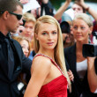 Strutting her beauty on the red carpet - Foto Stock