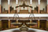 Decoratieve schalen van justitie — Stockfoto