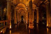 Underground Cistern with water, Istanbul, Turkey — Stock Photo