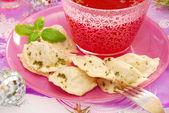 Red borscht and ravioli (pierogi) for christmas — Stock Photo