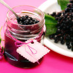 Homemade elderberry confiture — Stock Photo