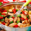Pan with fried chicken and vegetables - Foto de Stock